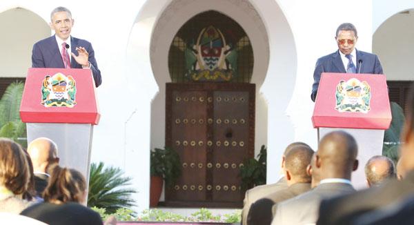 Jakaya Mrisho Kikwete Akwepa Kujibu Swali Mbele ya Barack Obama