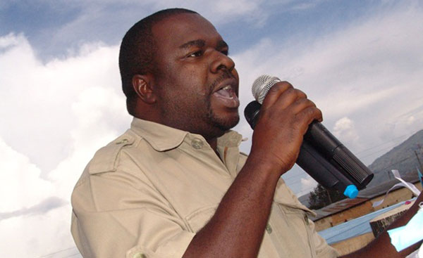 Mbunge wa Mbeya Mjini Joseph Mbili Ashitakiwa Kwa Kumpiga Askari
